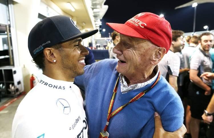 S Lewisem Hamiltonem