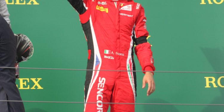 oby člen Scuderie Ferrari vzpoměl Fuoco černou páskou úmrtí prezidenta ferrari Marchioneho