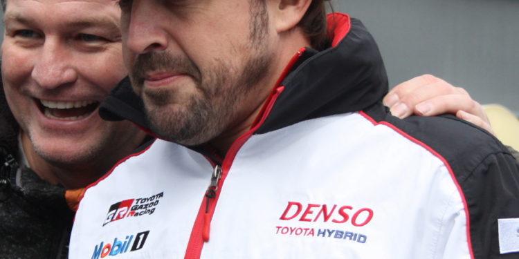 Alonso byl hlavním magnetem WEC pro fandy. Co si FIA počne bez něj..?